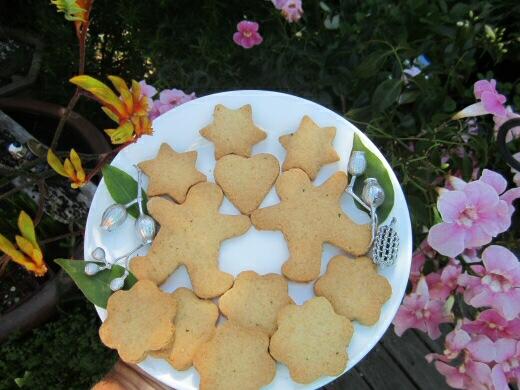 Lemon Myrtle Christmas Shortbreads